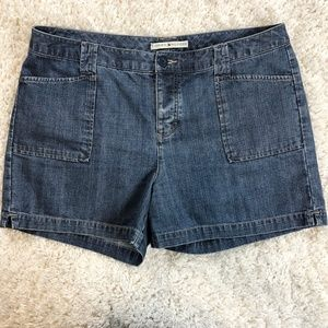 Vintage Tommy Hilfiger button fly denim shorts